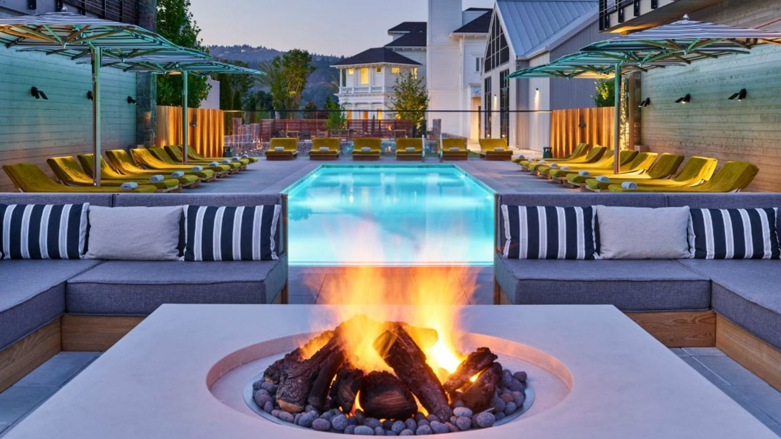 Features and Amenities at Las Alcobas, A Luxury Collection Hotel, Napa Valley - Fire Pit Lounge at Dusk