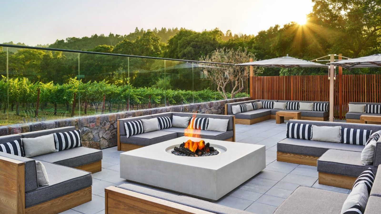 Features and Amenities at Las Alcobas, A Luxury Collection Hotel, Napa Valley - Fire Pit Lounge