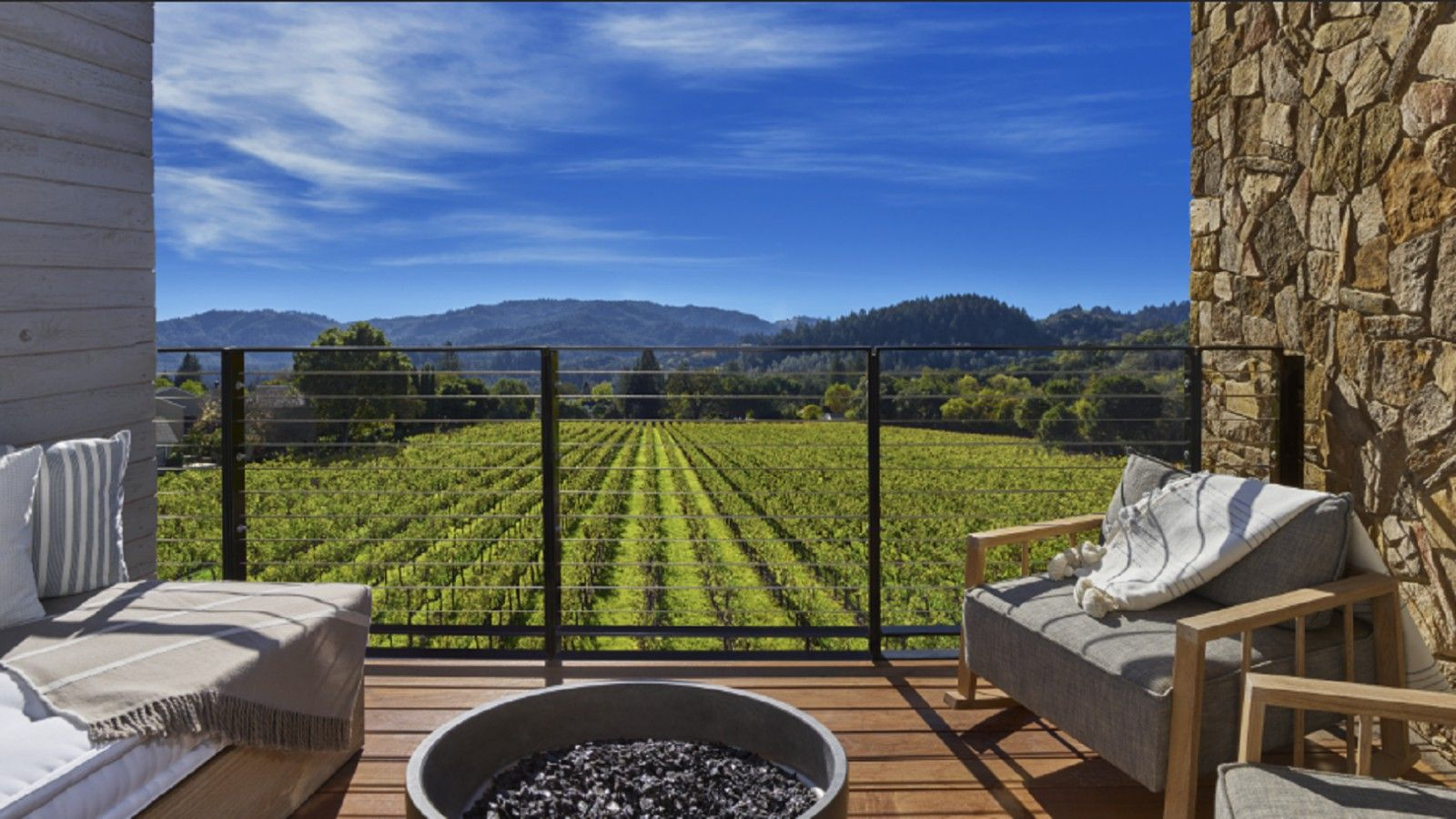 Las Alcobas Napa Valley - Deluxe King Vineyard View Deck